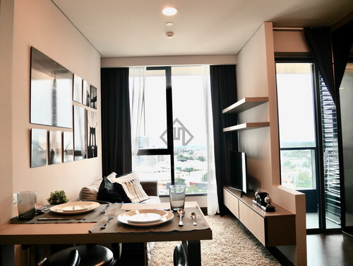 The Lumpini 24 for rent, High Floor, Fully Furnished, Decoration, Near BTS Phrom Phong