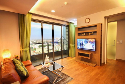 Sukhumvit Condo for rent, Lumpini 24, 2 bedrooms, Corner room, fully furnished, near BTS Phrom Phong